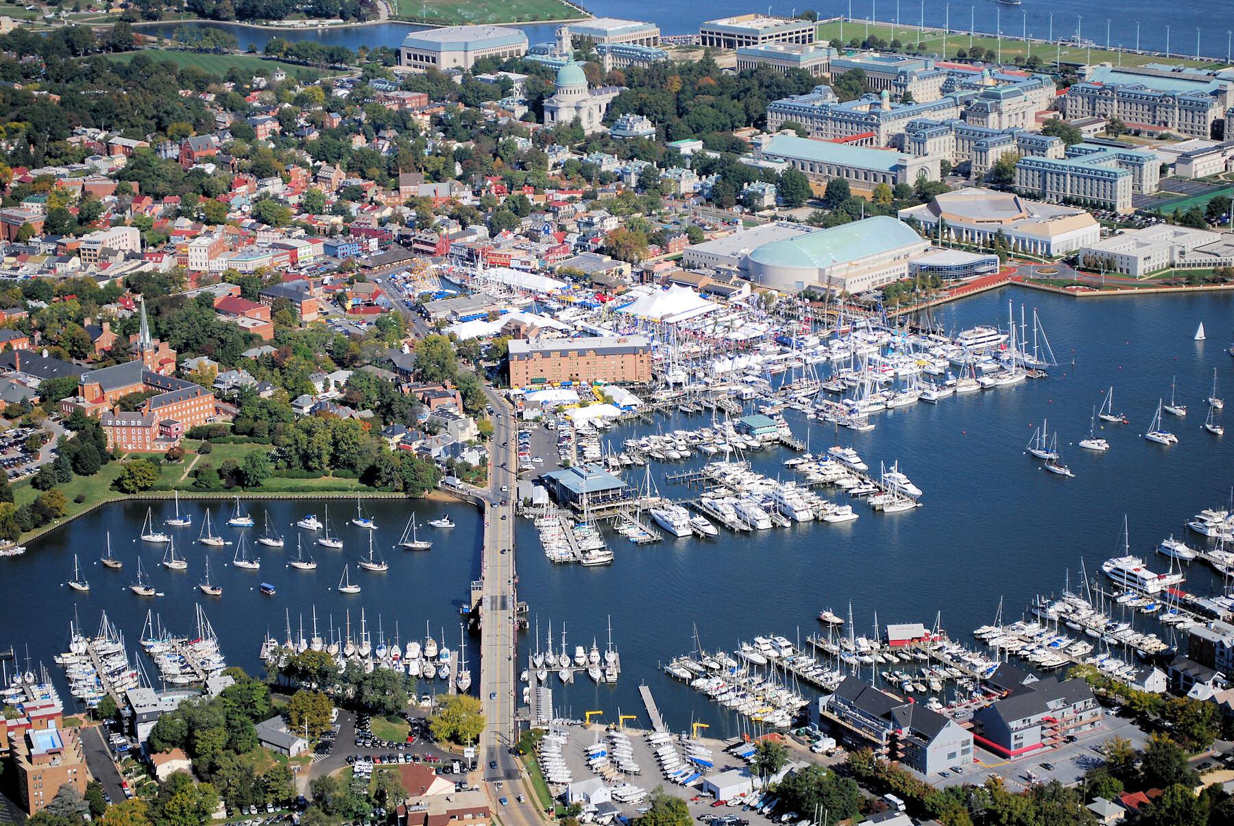 Annapolis Tours Boat